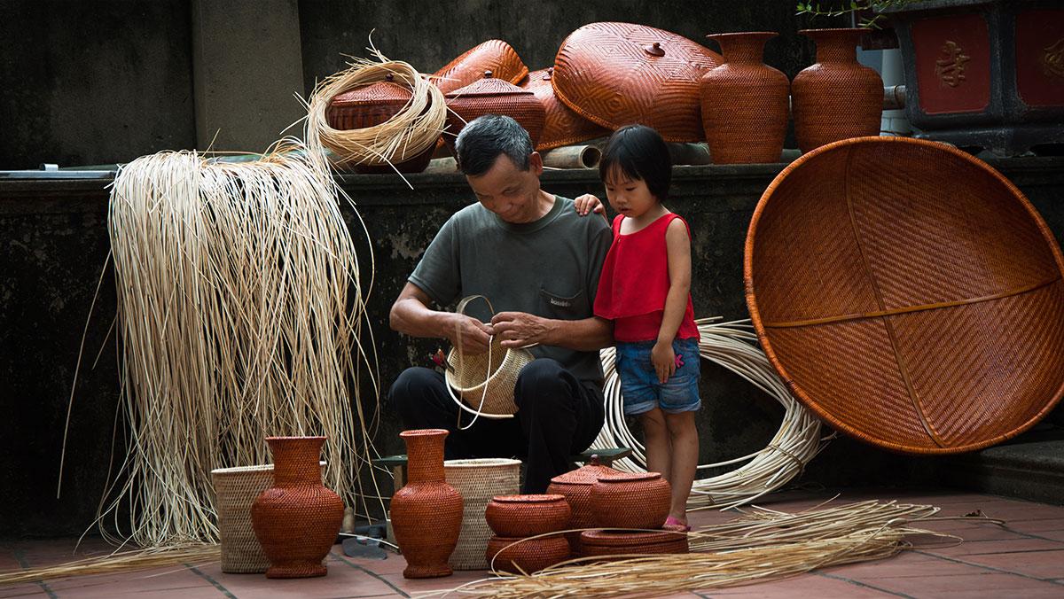 Nghệ nhân làng nghề